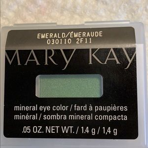 Mary Kay Emerald eyeshadow
